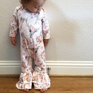 Other - Baby girl jump suit